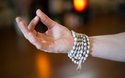 Powerful Meditation Mudras and How to Use Them